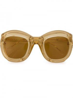 Солнцезащитные очки в двойной оправе Kuboraum. Цвет: желтый