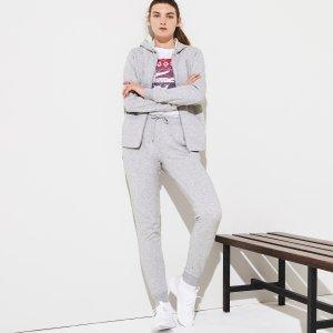 Спортивные штаны Спортивный костюм Lacoste. Цвет: none