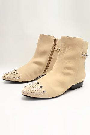 Ботинки Capriccio. Цвет: кремовый