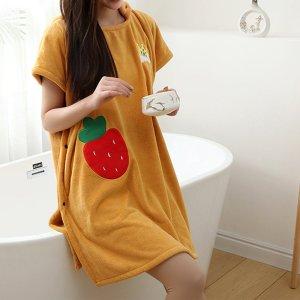 Ванное полотенце с узором клубники носимый SHEIN. Цвет: жёлтые