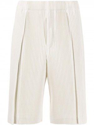 Плиссированные шорты-бермуды Homme Plissé Issey Miyake. Цвет: белый