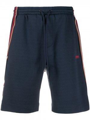 Спортивные шорты с контрастными полосками BOSS. Цвет: синий