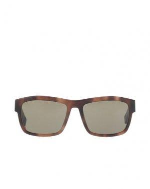 Солнечные очки MAISON MARGIELA. Цвет: коричневый