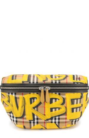 Поясная сумка в клетку Vintage Check Burberry. Цвет: желтый
