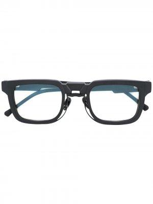 Солнцезащитные очки в квадратной оправе Kuboraum. Цвет: черный