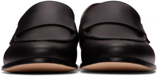 Black Leather Loafers Common Projects. Цвет: 7547 black
