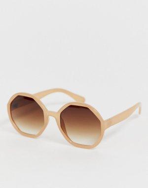 Большие солнцезащитные очки в бежевой оправе AJ Morgan. Цвет: бежевый