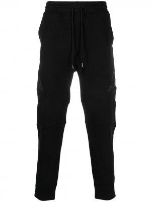 Спортивные брюки с диагональной молнией C.P. Company. Цвет: черный
