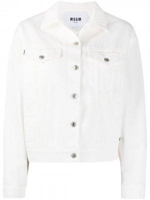 Джинсовая куртка на пуговицах с логотипом MSGM. Цвет: белый