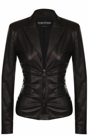 Приталенная кожаная куртка с V-образным вырезом Tom Ford. Цвет: чёрный
