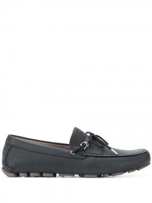 Мокасины со шнуровкой Salvatore Ferragamo. Цвет: черный