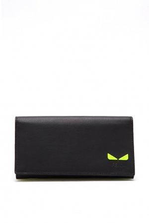 Черный клатч из гладкой кожи с желтыми вставками Fendi. Цвет: черный
