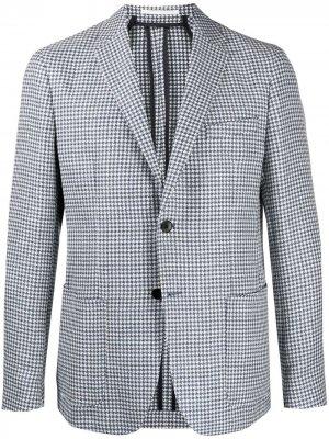 Однобортный пиджак в ломаную клетку BOSS. Цвет: белый