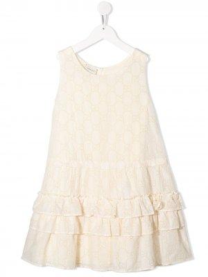 Платье с английской вышивкой и логотипом GG Gucci Kids. Цвет: нейтральные цвета