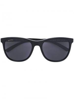 Солнцезащитные очки с квадратной оправой Bulgari. Цвет: чёрный