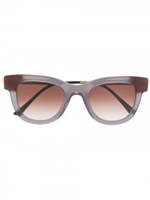 Солнцезащитные очки Sexxxy в квадратной оправе Thierry Lasry. Цвет: серый
