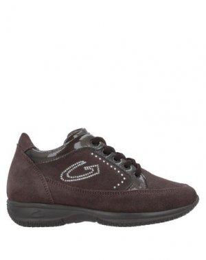 Низкие кеды и кроссовки ALBERTO GUARDIANI. Цвет: коричневый