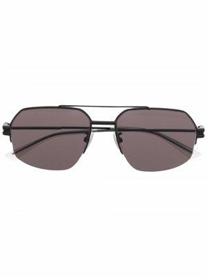 Солнцезащитные очки-авиаторы Bottega Veneta Eyewear. Цвет: черный