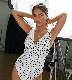 Слитный купальник белого цвета в горошек на косточках для груди большого размера -Мульти Peek & Beau