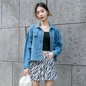 Джинсовая куртка SHEIN. Цвет: синий цвет средней стирки