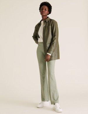 Расклешенные трикотажные брюки M&S Collection. Цвет: хаки микс