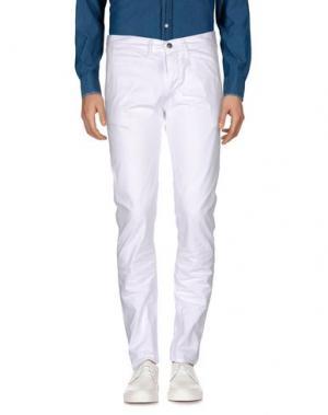 Повседневные брюки 2 MEN. Цвет: белый