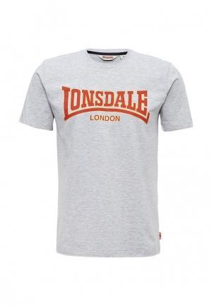 Футболка Lonsdale. Цвет: серый