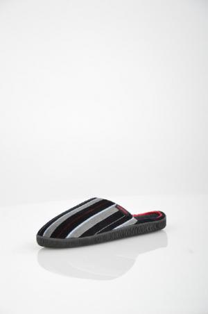 Тапочки домашние Isotoner. Цвет: черный