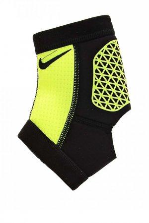 Бандаж Pro Combat Ankle Sleeve Nike. Цвет: черный
