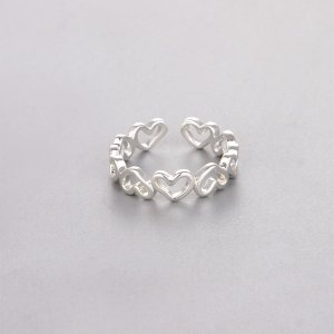 Мужское открытое кольцо с декором сердца SHEIN. Цвет: серебряные