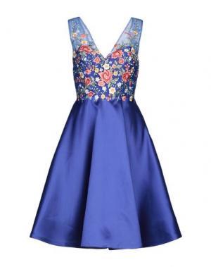 Платье до колена MIKAEL. Цвет: ярко-синий