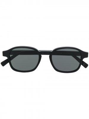 Солнцезащитные очки Sol Retrosuperfuture. Цвет: черный