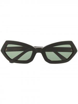 Солнцезащитные очки в геометричной оправе UNDERCOVER. Цвет: зеленый