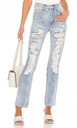 Рваные джинсы patty superdown. Цвет: синий