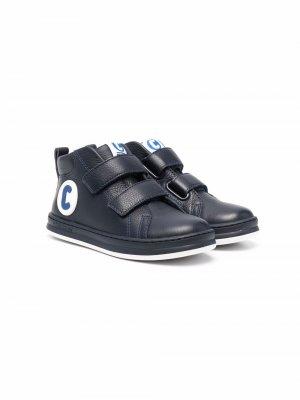 Ботинки на липучках с аппликацией логотипа Camper Kids. Цвет: синий
