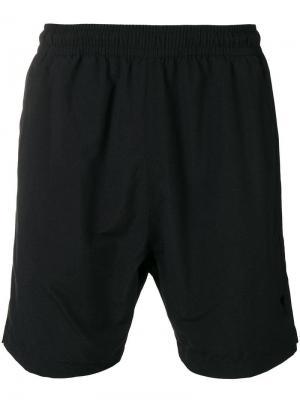 Плавки-шорты Ami De Coeur. Цвет: черный