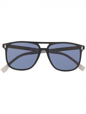 Солнцезащитные очки в квадратной оправе Fendi Eyewear. Цвет: черный