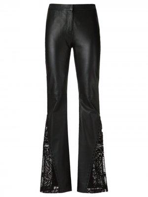 Расклешенные брюки Martha Medeiros. Цвет: черный