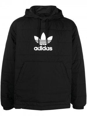 Стеганый анорак adidas. Цвет: черный