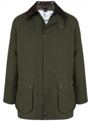 Однобортная куртка Barbour. Цвет: зеленый