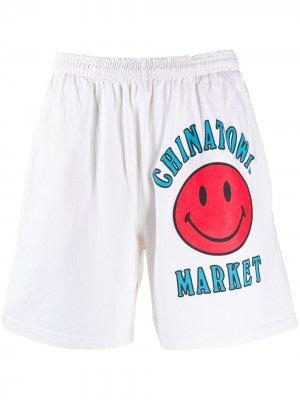 Шорты с логотипом Chinatown Market. Цвет: белый