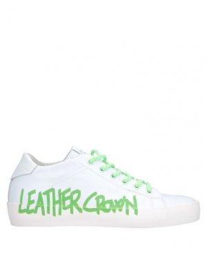 Низкие кеды и кроссовки LEATHER CROWN. Цвет: белый