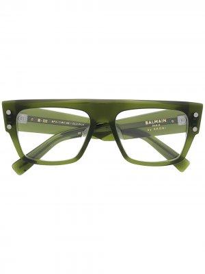 Солнцезащитные очки B-III Balmain Eyewear. Цвет: зеленый