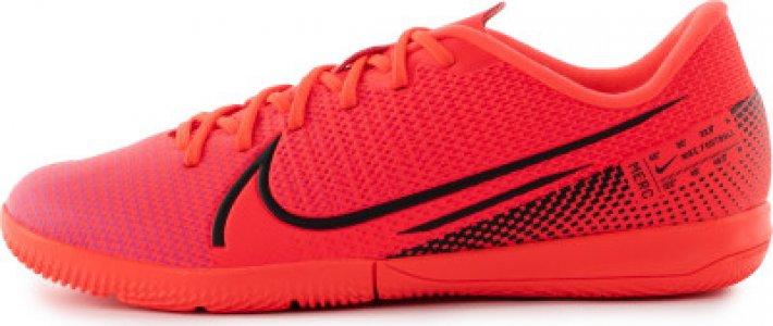 Бутсы для мальчиков Jr. Mercurial Vapor 13 Academy IC, размер 33 Nike. Цвет: красный