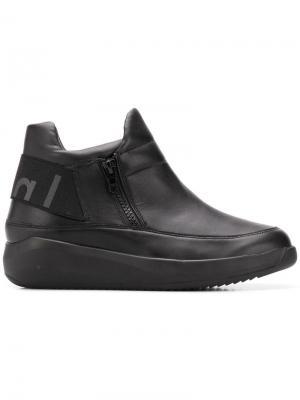 Ботинки с боковыми молниями Hogl. Цвет: черный