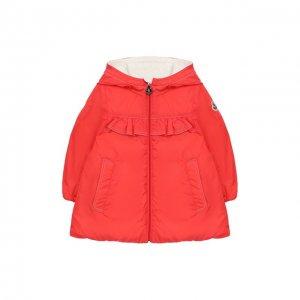 Пальто с капюшоном Moncler Enfant. Цвет: красный