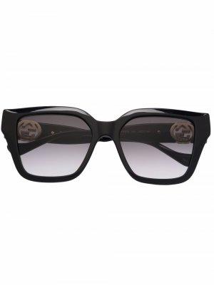Солнцезащитные очки с логотипом GG Gucci Eyewear. Цвет: черный