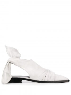 Сандалии с завязками Nina Ricci. Цвет: белый