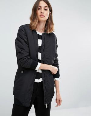 Удлиненная куртка‑пилот с контрастной отделкой в рубчик Vero Moda. Цвет: черный