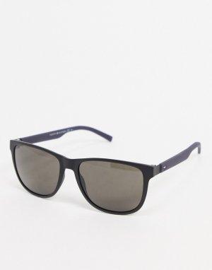 Черные квадратные солнцезащитные очки -Черный цвет Tommy Hilfiger